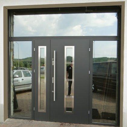 M12B divviru durvis, antracīta, ar pap.fiks. rokturi, ar 3x REFLEX stikla paneļiem